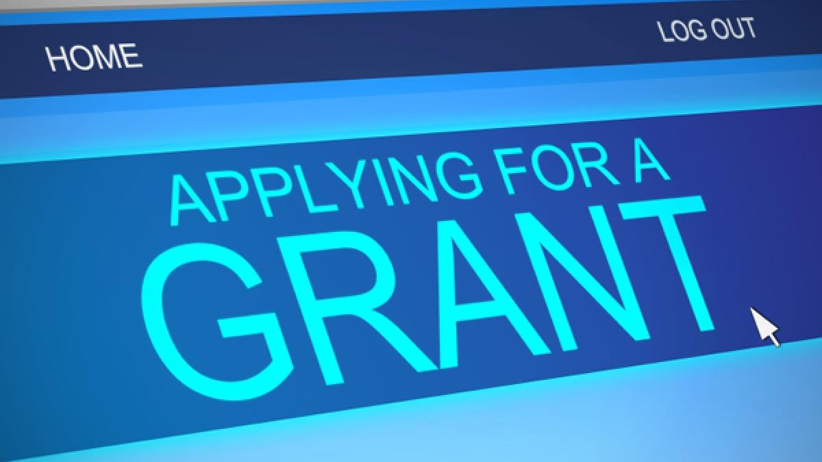 Help applying for federal grants